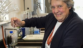 Diné College Joins 'Tiny Earth' Antibiotics Initiative